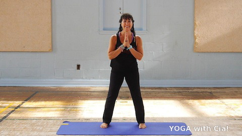 YOGA with Cia! Online Classes